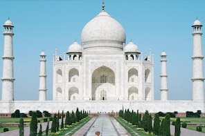 Same Day Taj mahal Tour by Express Train from Delhi