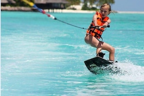 Maafushi: Wake Board & Water Ski