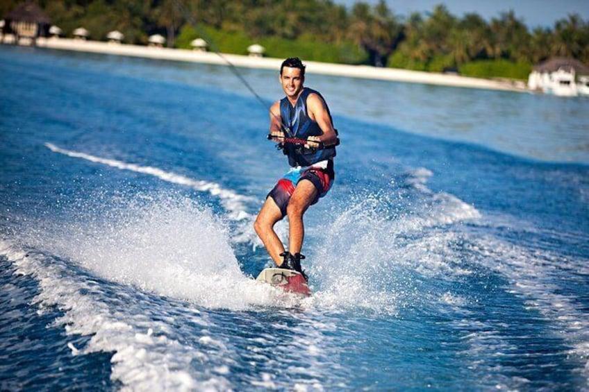 Maafushi: Wake Board & Water Ski