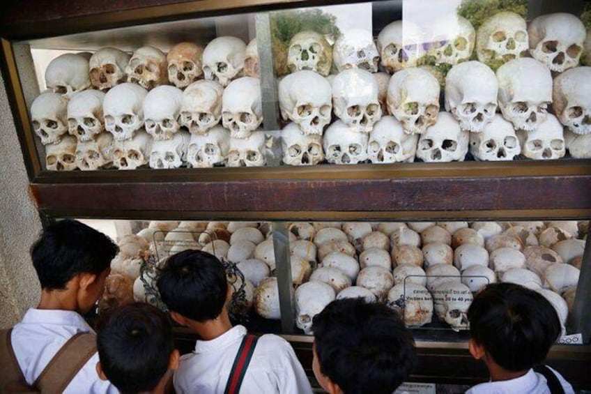 The Killing Field and Toul Sleng Genocide Museum (S21) Tour