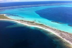 Abrolhos Islands Fixed-Wing Scenic Flight