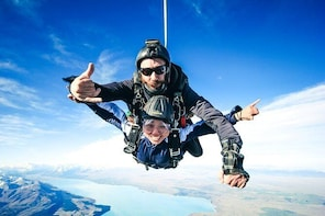 Skydive Mt. Cook - 20+ Seconds of Freefall from 9,000ft