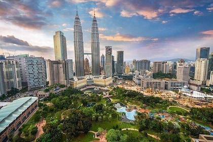 Kuala Lumpur City, Batu Caves & Countryside Tour : All in 1 Combo