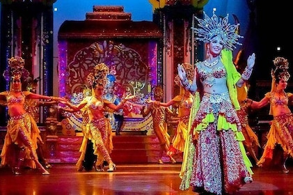 Alcazar Cabaret Admission Ticket with Optional Hotel Pickup in Pattaya