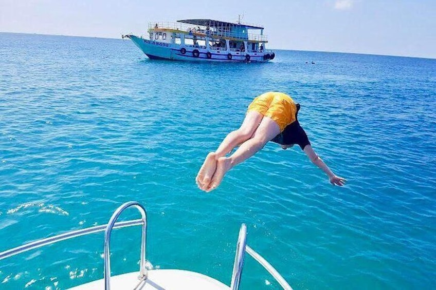 Jumping from speed boat