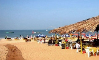Calangute Walking Tour with Brunch and Private Transfers