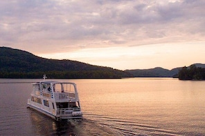 Mont-Tremblant Lake Cruise