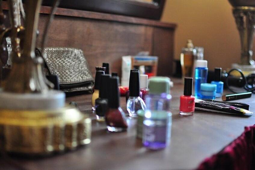 Show item 1 of 3. Nail polish