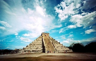 Day Trip to Chichen Itza and Valladolid from Cancun with Cenote Swim and Lu...