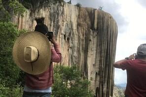 Hierve el Agua, Mezcal Tasting, and Teotitlan del Valle Private Tour