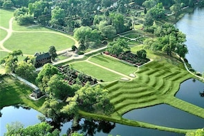 Middleton Place All-Access Admission & Guided Tour with Lunch from Charlest...