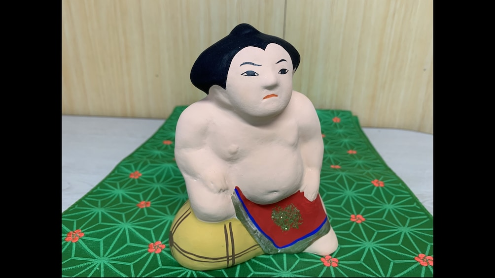 Show item 3 of 4. The trial painting lesson of Sadowara dolls
