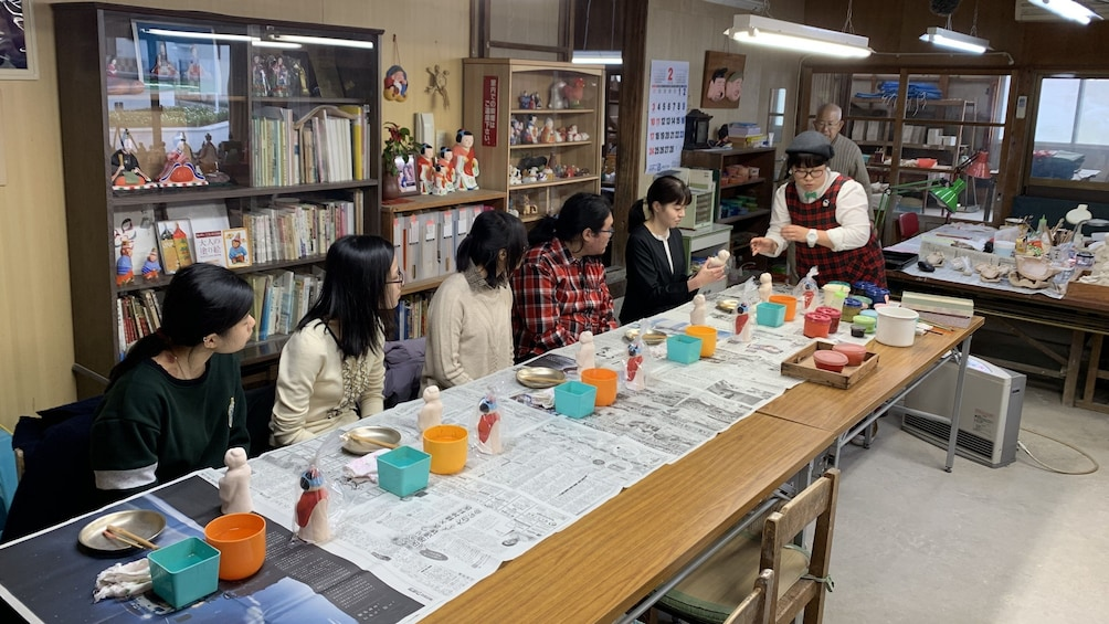 Show item 1 of 4. The trial painting lesson of Sadowara dolls