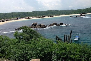 Local Communities and Snorkeling at San Agustin Beach Tour from Puerto Esco...