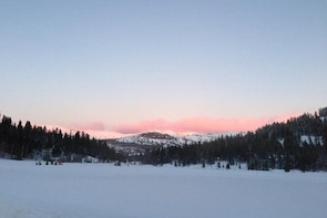 Lake Tahoe Snowshoeing Tour