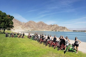 Electric bike tour through La Quinta and neighboring cities