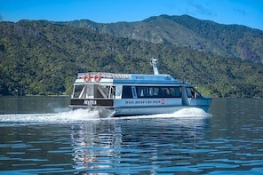 Queen Charlotte Sound Post Boat Cruise