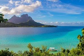 Bora Bora Combo Tour: Lagoon Cruise and 4WD Tour Including Snorkeling