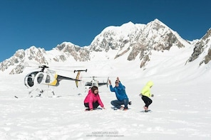 Fox or Franz Josef Glacier including snow landing (allow 20 minutes)
