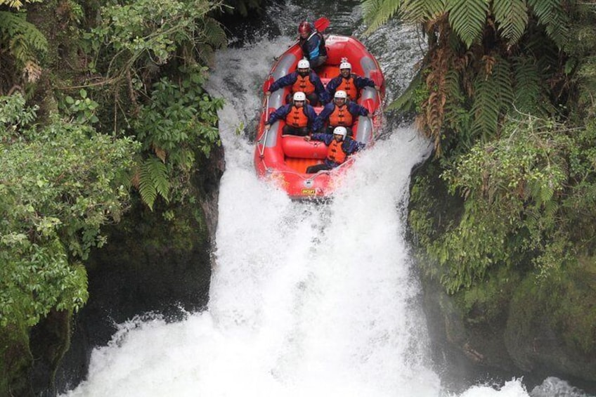 Tutea Falls - The world's highest commercially rafted waterfall