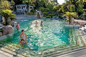 General Entry to Taupo DeBretts Spa Resort Water Park
