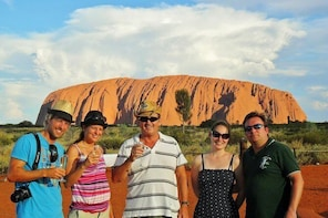 Ayers Rock Day Trip from Alice Springs Including Uluru, Kata Tjuta and Suns...