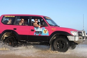 2-Day Fraser Island 4x4 Tag-Along Tour at Beach House from Hervey Bay