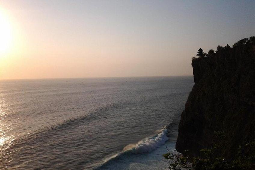 Sunset at Uluwatu Temple and Spa Tour