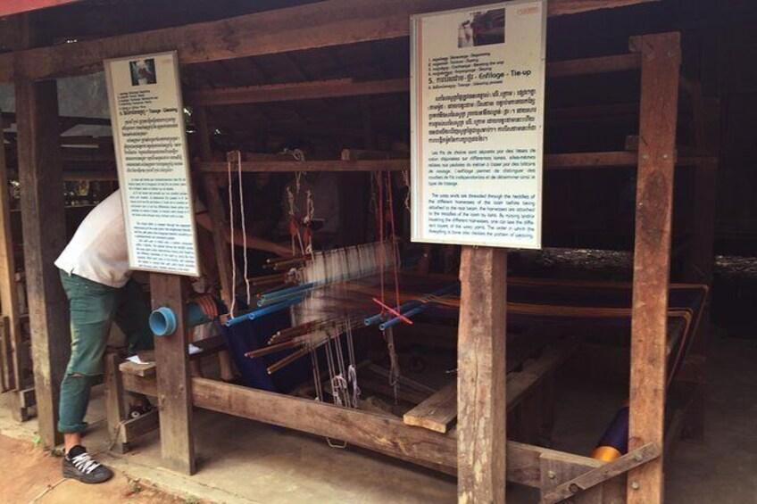 Show item 2 of 7. Les Soieries du Mekong
