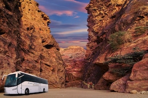 Round Trip Shuttle Bus To Petra from Tel Aviv and Jerusalem