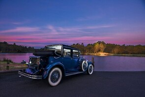 Blue Mountains Vintage Cadillac Tour with Local Guide
