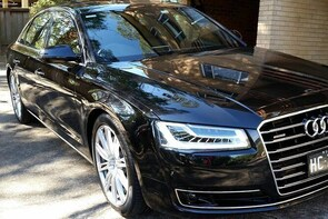 Arrival Private Transfer Sydney Airport SYD to Sydney by Business Class Car