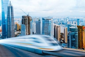 Arrival Transfer by High-Speed Maglev Train: Shanghai Pudong International ...