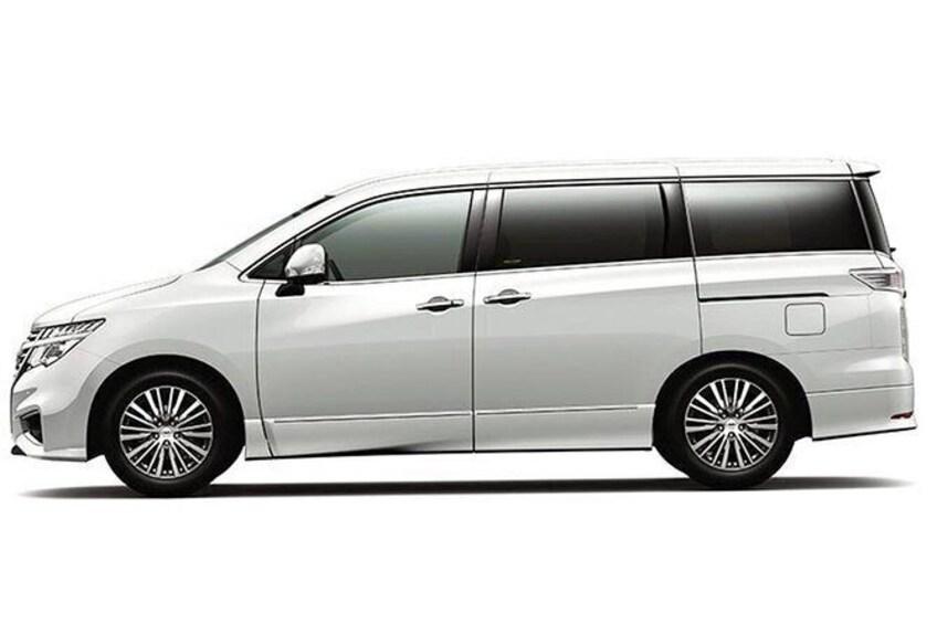 Show item 1 of 6. Standard minivan Honda Odyssey or similar model