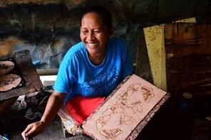 Be a Javanese! Traditional Batik Fabric Drawing Class