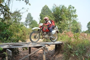 Cambodia Motorbike Tours from Phnom Penh to Siem Reap 7 Days