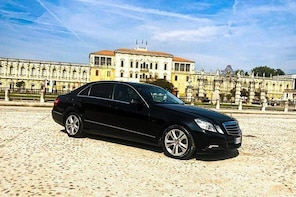 Linate Airport Milan (LIN) - Milan / Private Transfer (up to 3 pax)