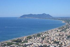 Private Transfer: Civitavecchia Port to Terracina or vice versa