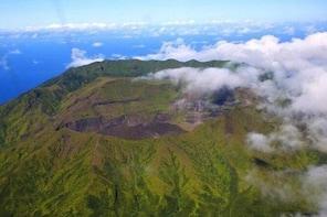La Soufriere Volcano Tour with Detention Tours