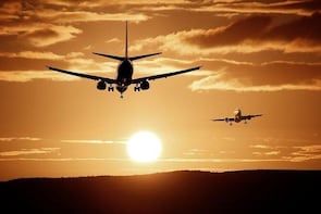 Stansted Airport to Central London Luxury Vehicle Private transfers 3-5 per...
