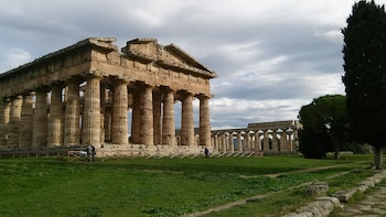 Private Paestum Greek Temples tour from Naples