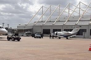 Car from Houston to San Antonio TX,Black 4x4 IAH Airport Houston-San Antoni...