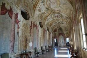 Private Transfer: Ciampino Airport (CIA) to Grottaferrata and vice versa