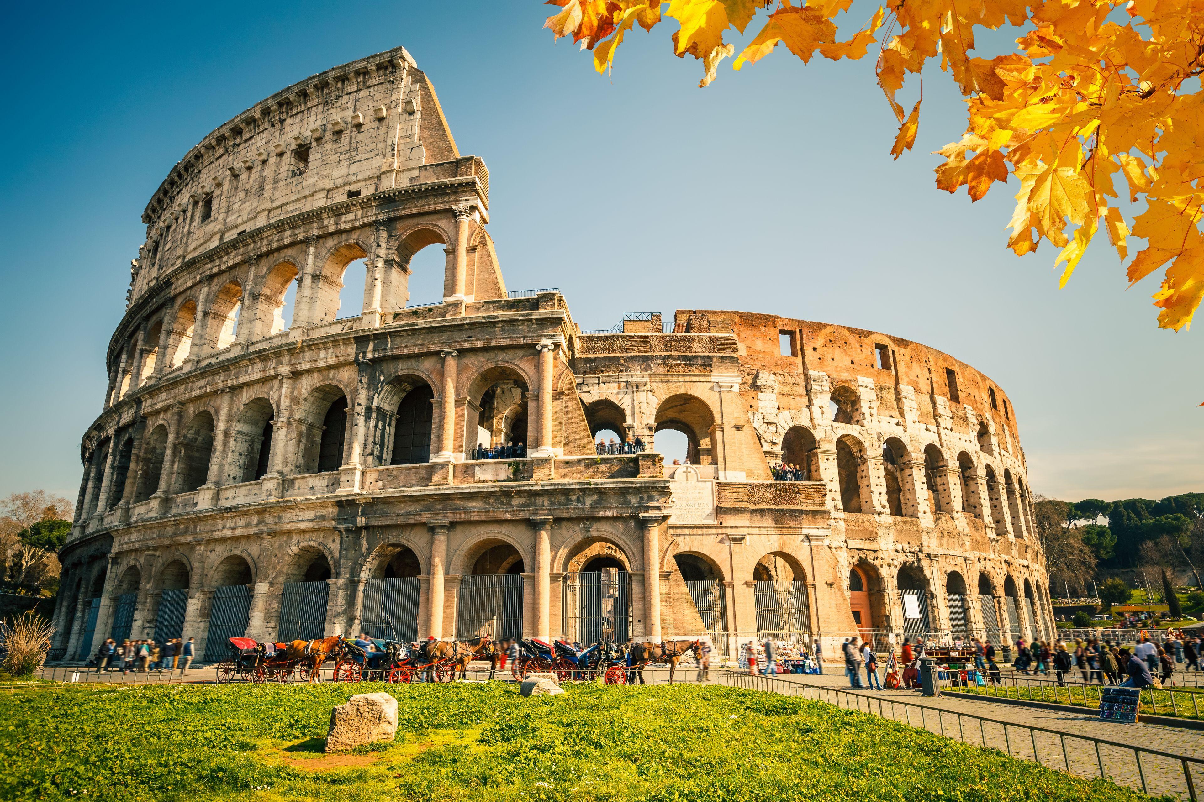 colosseum-rome_152683118.jpg