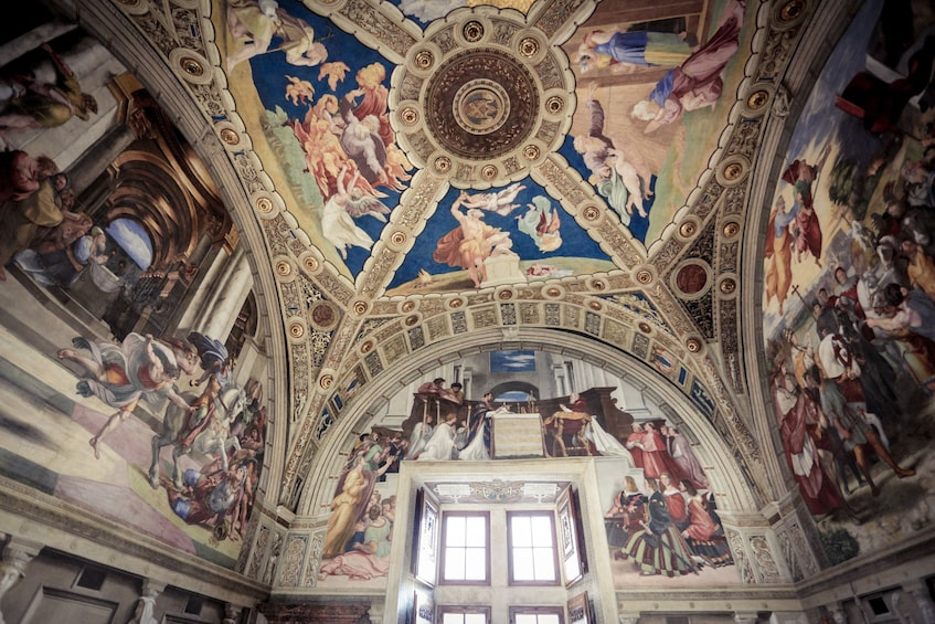 Show item 4 of 10. Skip-the-Line Tour: Vatican & Sistine Chapel with Special Entrance