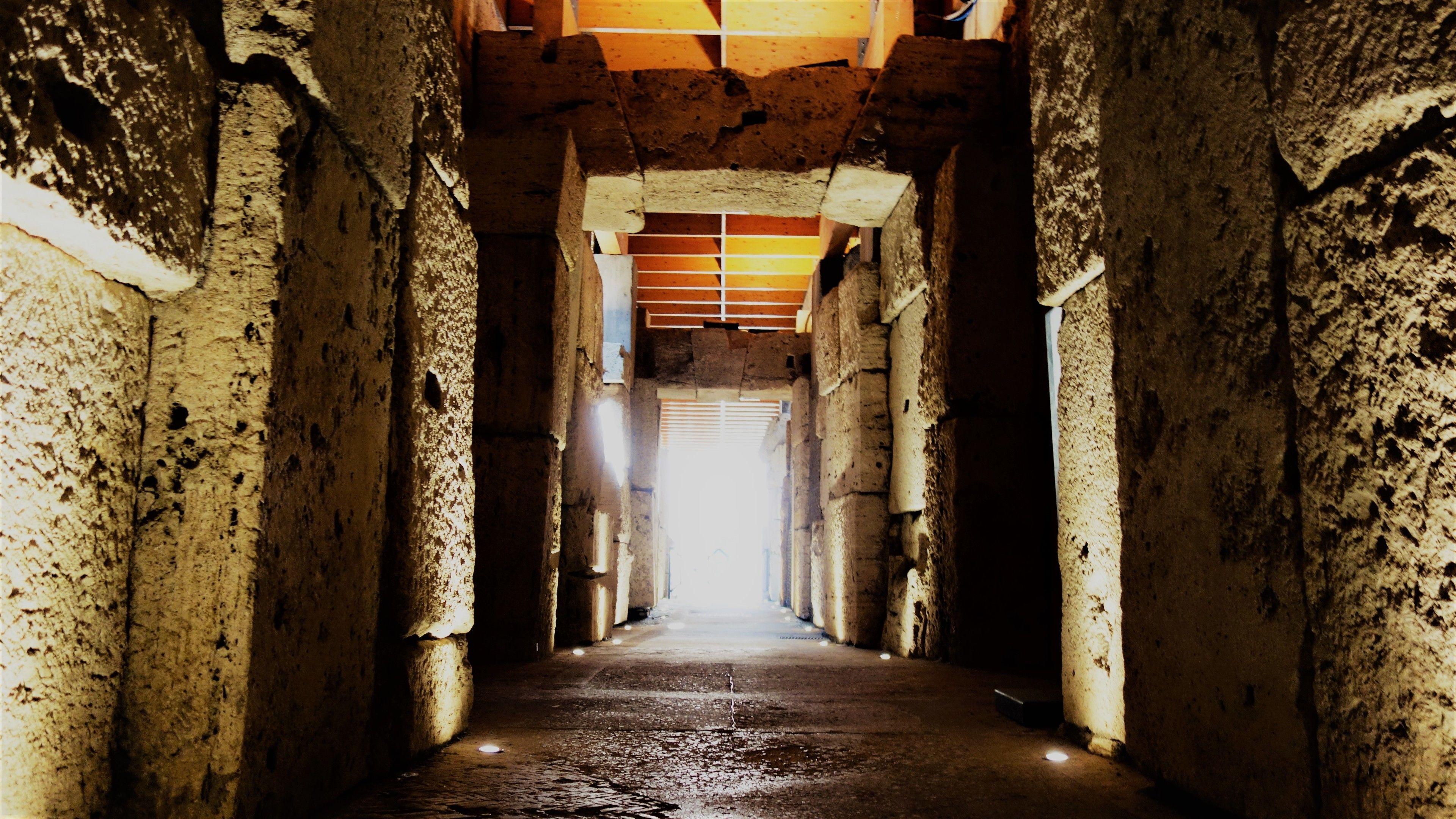 Tur bakom kulisserna i Colosseum: det underjordiska planet och arenaplanet