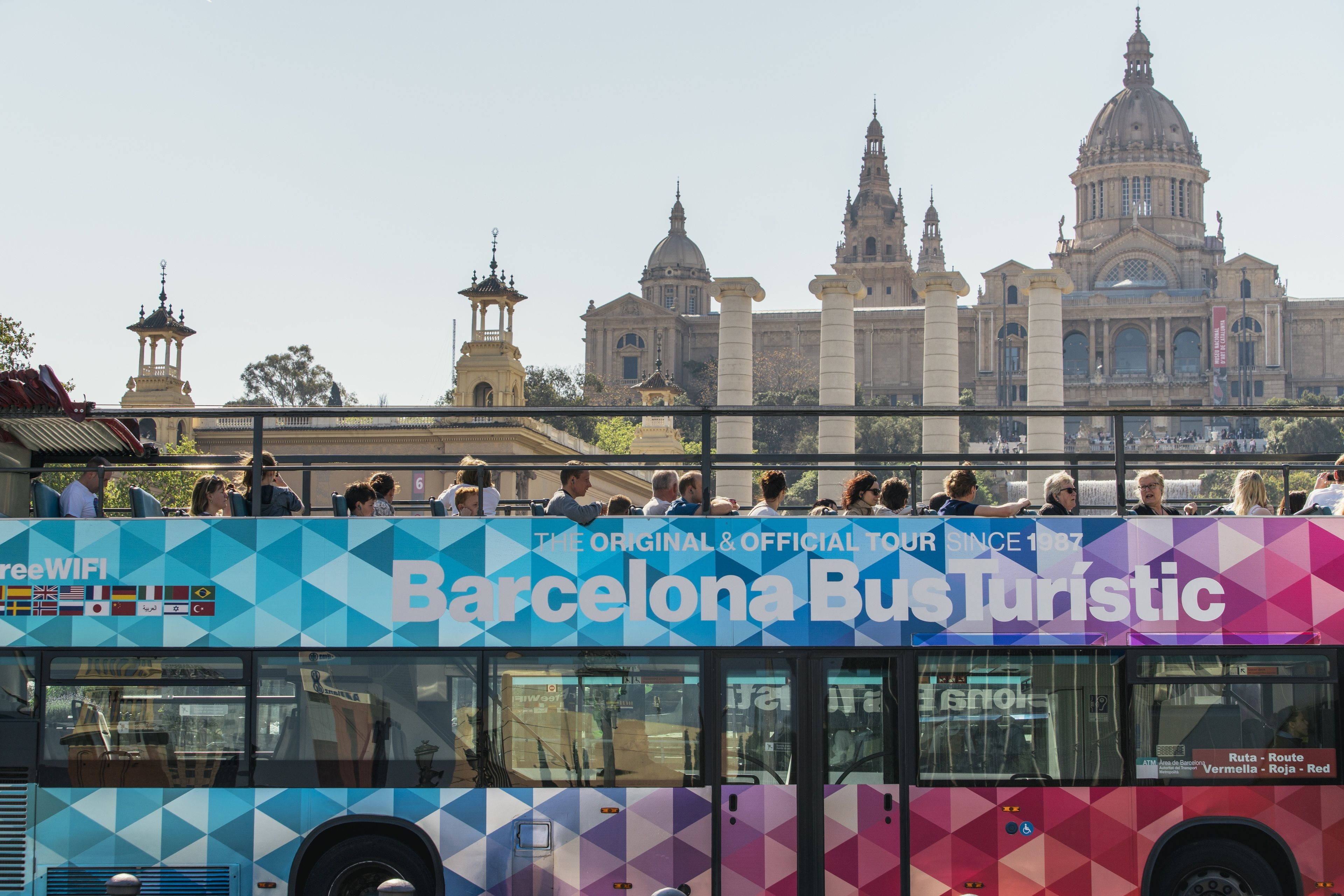Tour in autobus hop-on hop-off organizzato da Bus Turistic di Barcellona