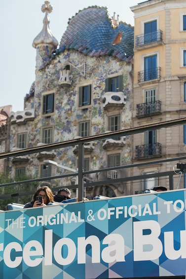 Öppna foto 10 av 10. Barcelona Hop-On Hop-Off Bus Tour by Bus Turistic