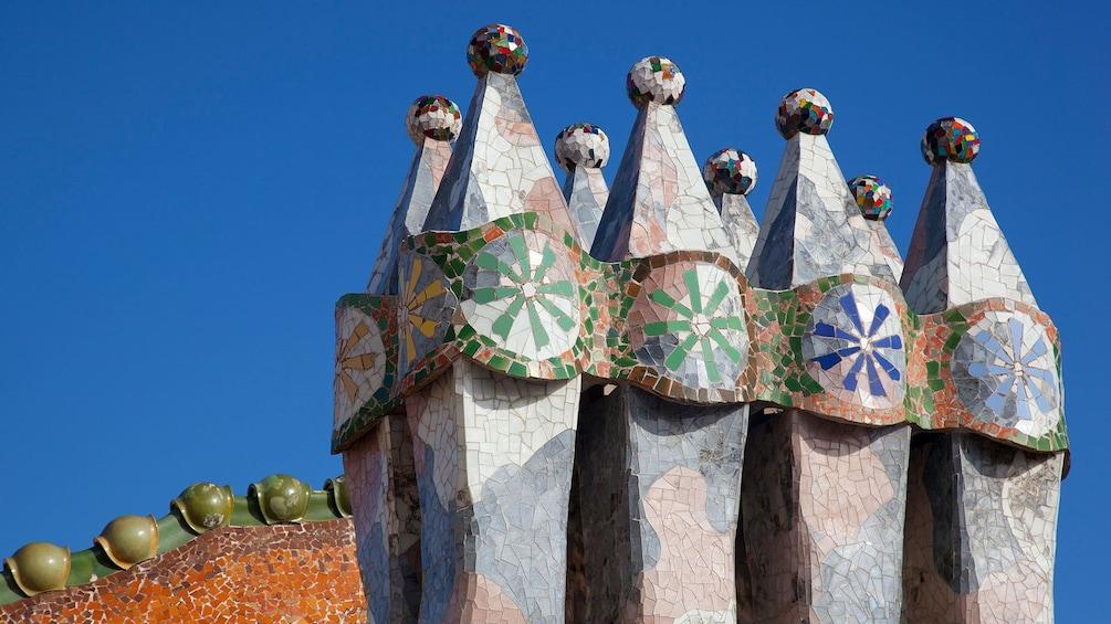 Öppna foto 5 av 5. roof detail at Casa Batlló Building in Barcelona, Spain