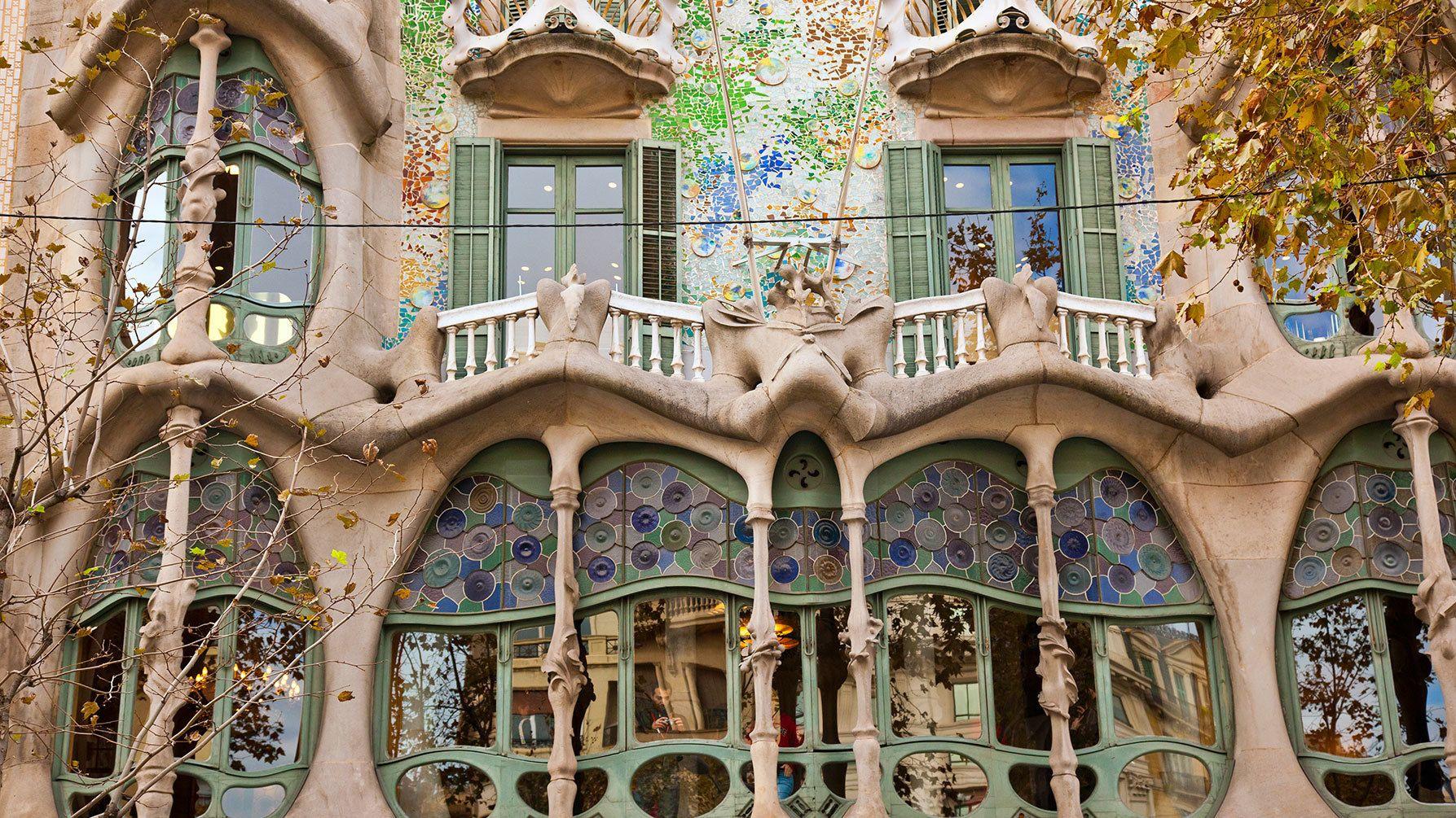"""Biglietti """"salta la fila"""" per Casa Batlló con SmartGuide"""